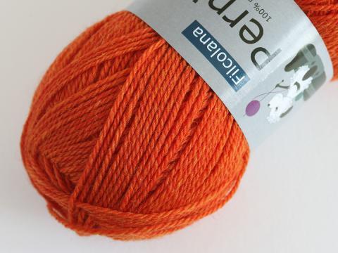 831 Tangelo (melange), Pernilla