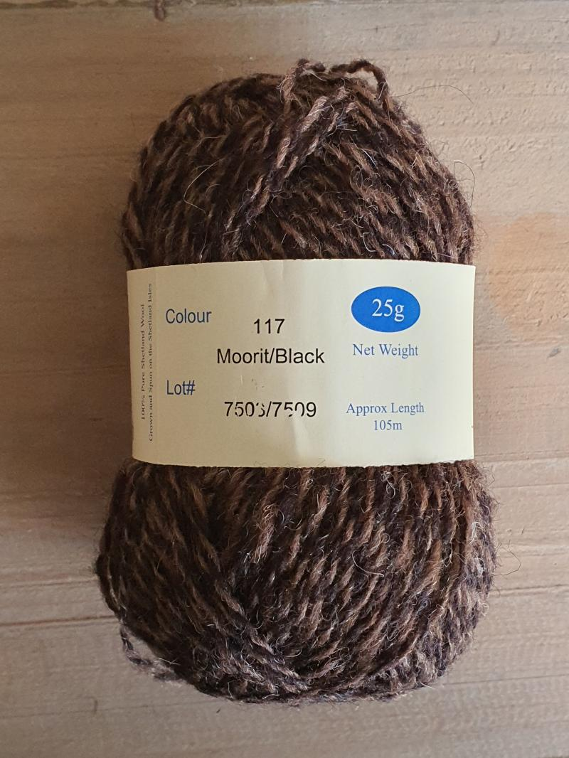 Spindrift naturals: 117 Moorit / Black