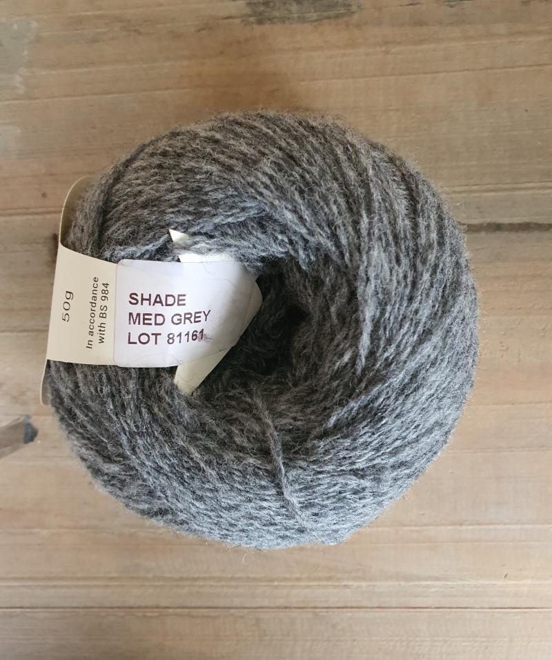 Supersoft 4ply: Medium Grey