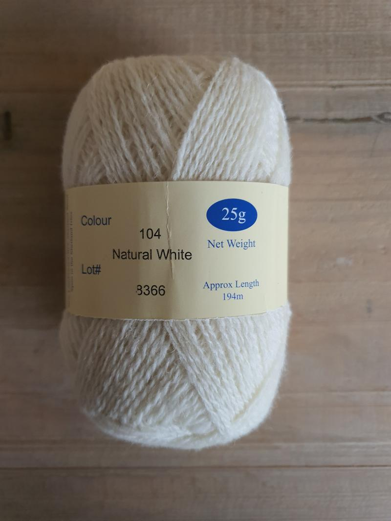 Ultra: 104 natural White